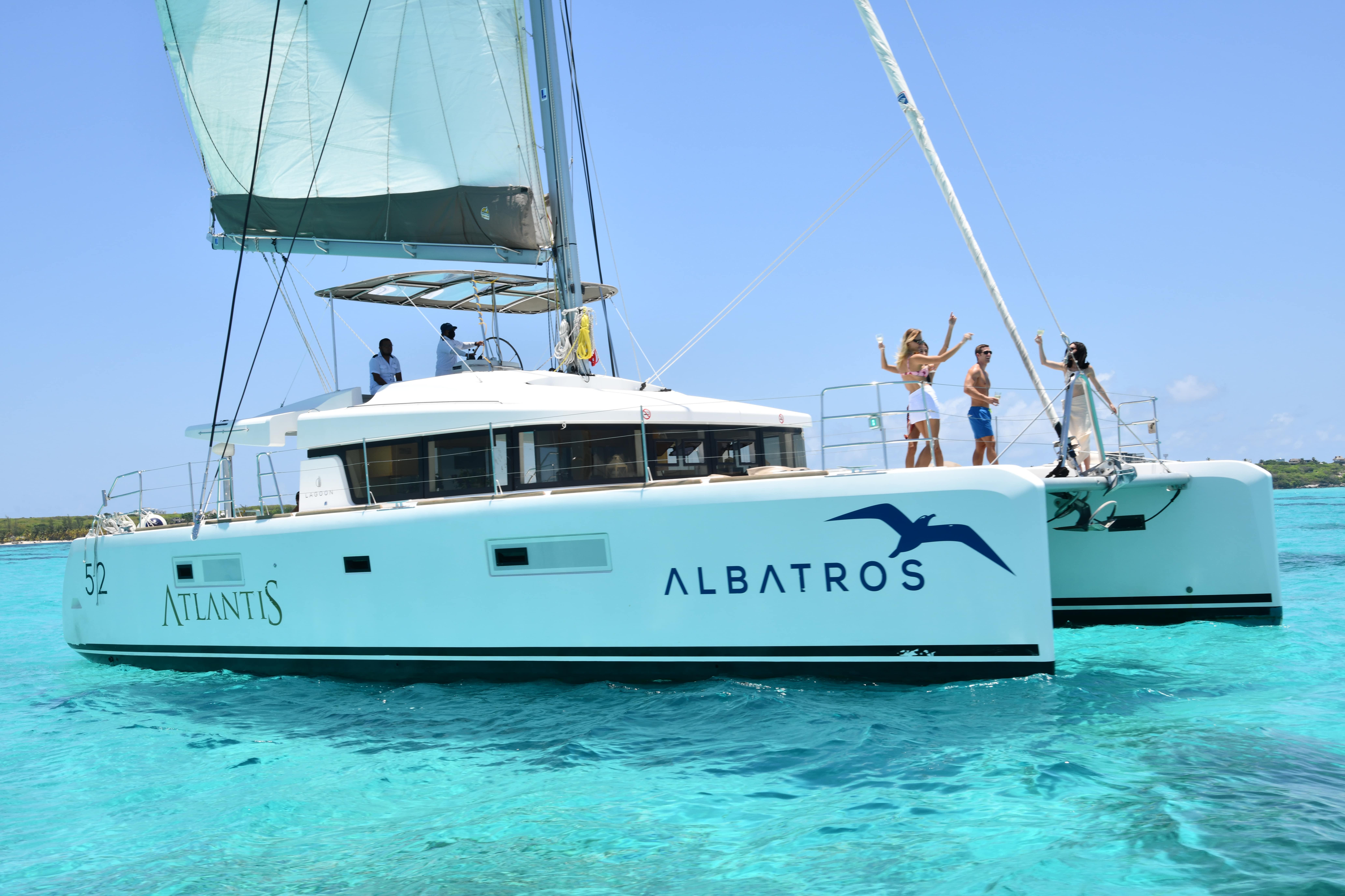 Catamarans + Albatros